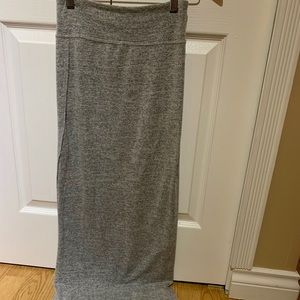 Dresses & Skirts - WILFRED speckled light grey maxi skirt with slit